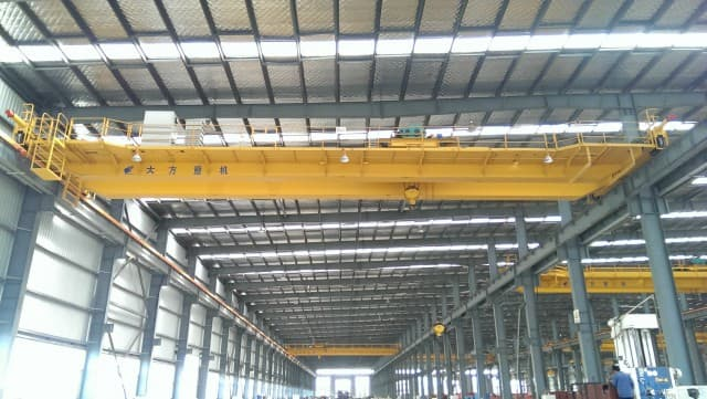 EOT Crane For Material Handling: Effective Daily Safety