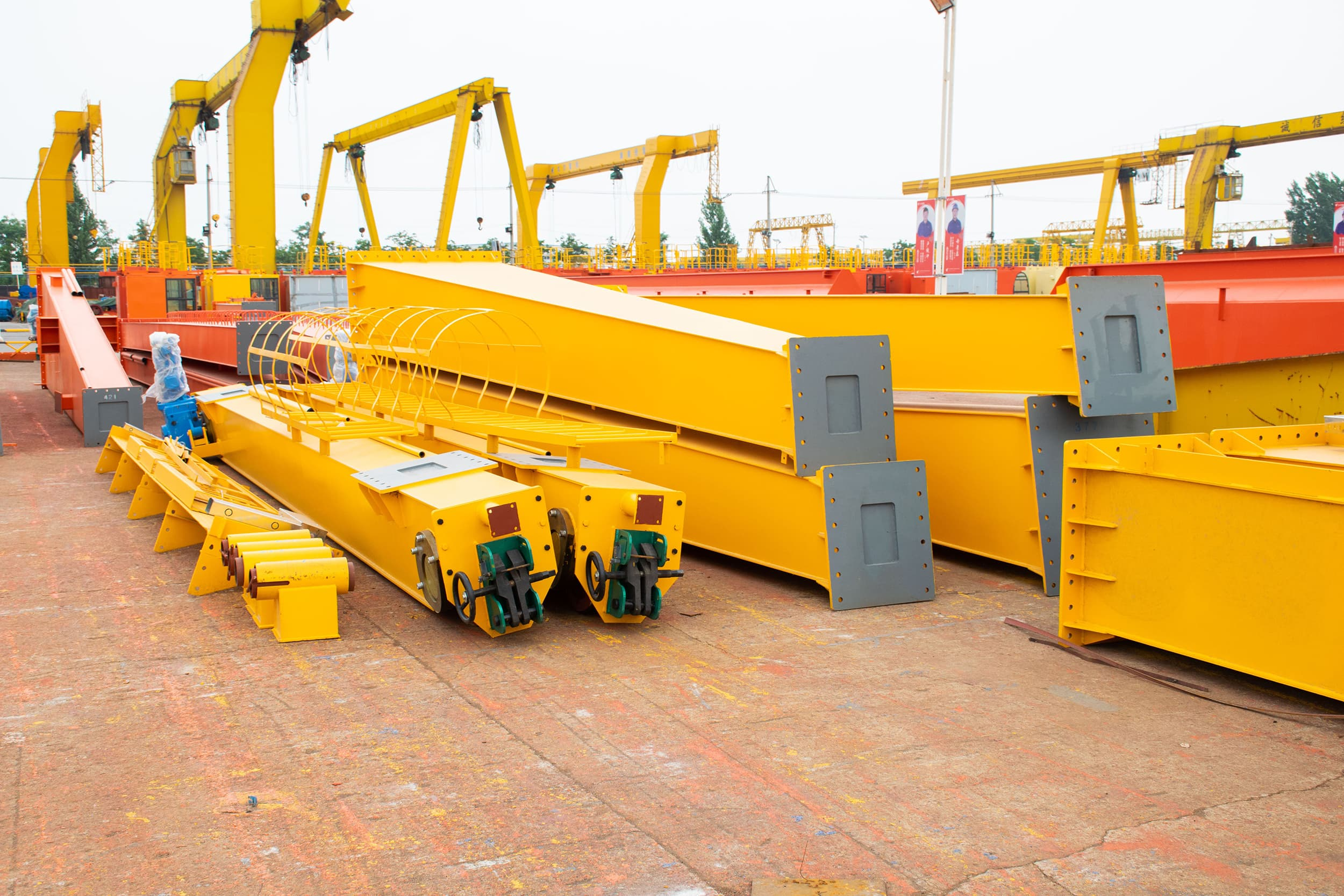 Support legs and Ground beams of sets of MGTT European type double girder gantry cranes